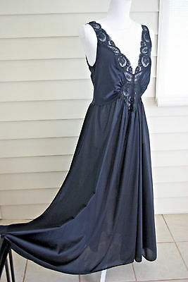 Vintage Black Classic OLGA Nightgown Negligee Gown 98280 XL