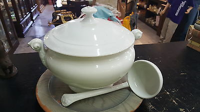 Antique 1837-1844 White Kpm Soup Tureen With Ladle