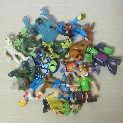 5PCS Hanna Barbera Scooby Doo Figure Loose Toys Send At Random