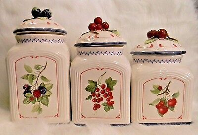 VILLEROY and BOCH Cottage Inn Country Collection Canister Set Ceramic Berries