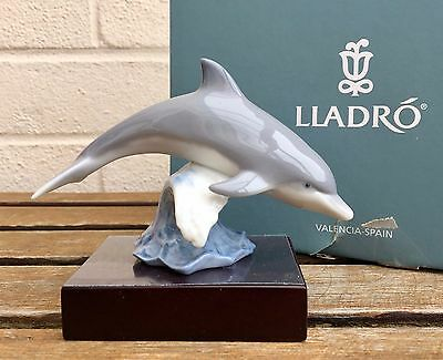 Lladro -Lucky Dolphin- Figure Model 8104 Leaping Fish Water Animal Boxed & Stand