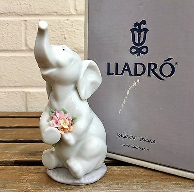 Lladro -Luck In Love- Animal Figure Model 6462 Boy Girl Baby Elephant Flowers