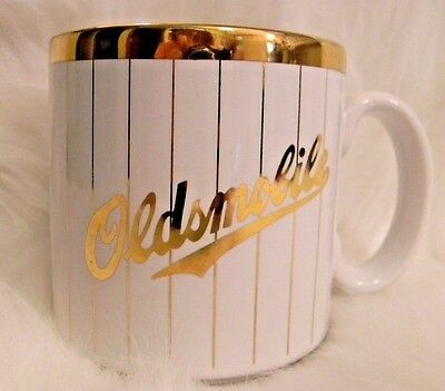 Oldsmobile Coffee Mug White Gold Pinstriped GM General Motors Made in England
