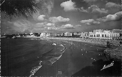64 Biarritz Grande Plage - Lavielle Carte Photo