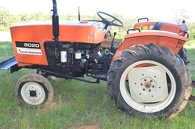 Allis Chalmers 5020 diesel tractor - watch the video