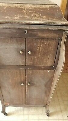 VINTAGE  VICTROLA phonograh, converted to electric,no crank handle LOWERED PRICE