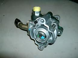 Defender/discovery 2 Td5 Power Steering Pump  Qvb101240