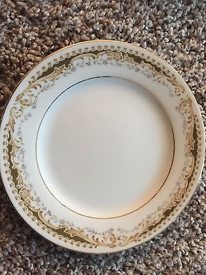 Vintage Signature Collection Queen Anne 3 salad 5 bread Plates Green Gold