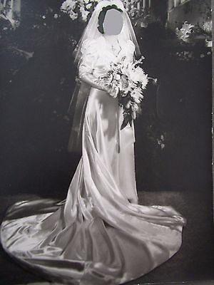 "Vtg IVORY SATIN WEDDING GOWN Bullock's Los Angeles 32"" Bust ~ Includes Veil"