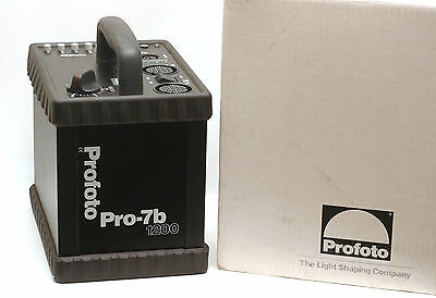 Profoto Pro-7b 1200W/s Battery Operated Power Pack *MINTY*