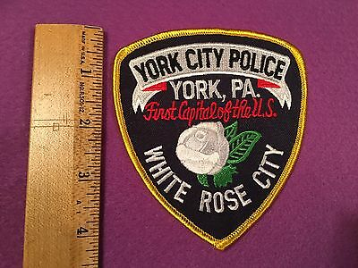 YORK CITY Police Patch PENNSYLVANIA *First Capital Of The U.S. White Rose City