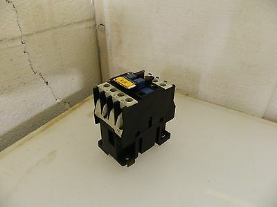 Telemecanique AC Contactor, # LC1D0910, LC1 D09 10, 24 V Coil, Used, Warranty
