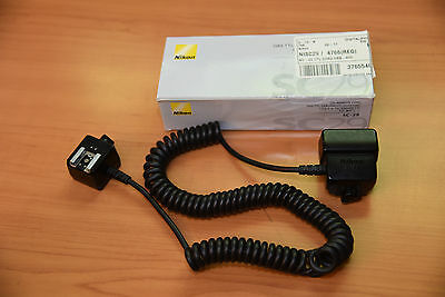 Genuine Nikon SC-29 TTL Off-Camera Shoe Sync Cord with AF Assist - Coiled 3-9'
