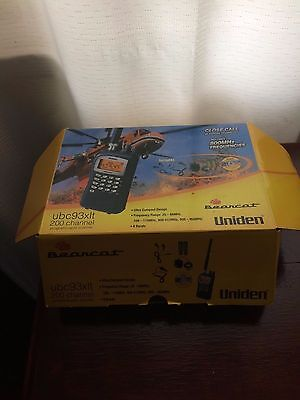 Uniden UBC93XLT 200 channel programmable scanner + extra satellite aeriel