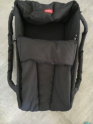 Phil and Teds cocoon pram cot. excellent condition