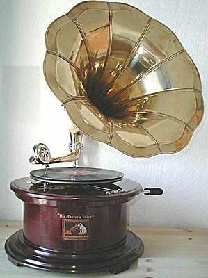 Gramophone with horn SOUND MASTER wood and brass WORKING reproduction
