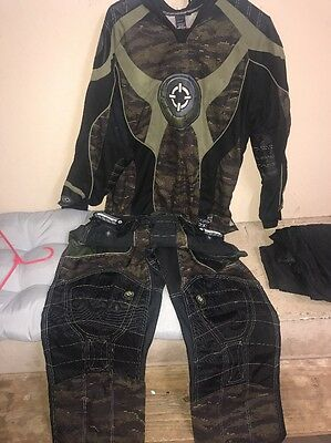 Smart Parts 2xl Jersey & Sz Large Pants  - Black Digital Camo Paint Ball Outfit