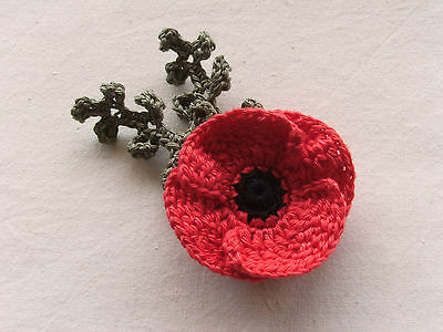 ●● 1 x Crochet Applique - Red Poppy with Leaves ●●