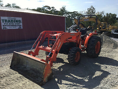 2006 Kubota L4330 4x4 Compact Tractor w/ Loader. Coming in Soon!