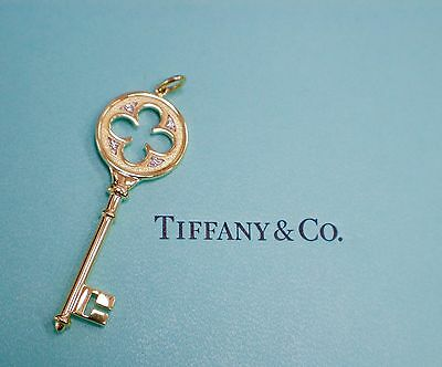 Tiffany & Co Key Clover Pendant Necklace 18Kt Yellow Gold And Diamonds