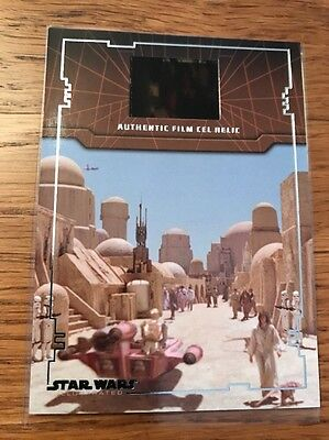 Star Wars Illustrated A New Hope FR-6 Film Cell Relic Card - Luke With OBI-Wan