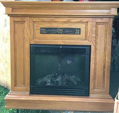 Electric Fireplace Oak Mantle In Good Condition