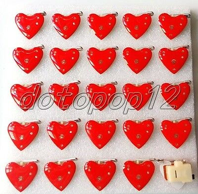 Lot Red Heart Flashing LED Light Up Badge/Brooch Pins Kids Party Favors Z549