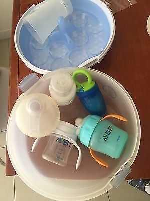 baby bottles And Microwave Steam Sterilization Container
