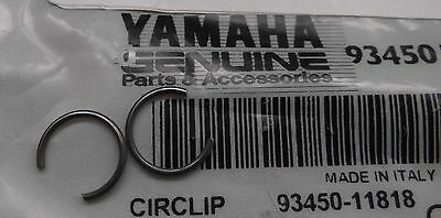 Genuine Yamaha Piston gudgeon pin circlips (pair) 93450-11818