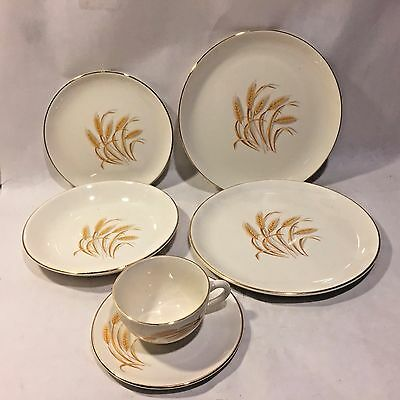 6 Pc Vtg 50s Homer Laughlin Golden Wheat 22K Gold Trim Oven Proof Plate Bowl Cup