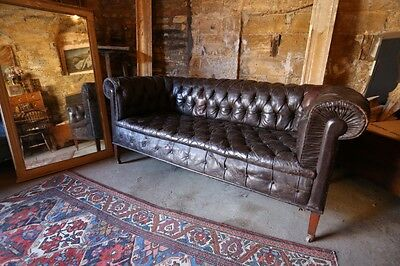 Exceptional Victorian Leather Chesterfield sofa