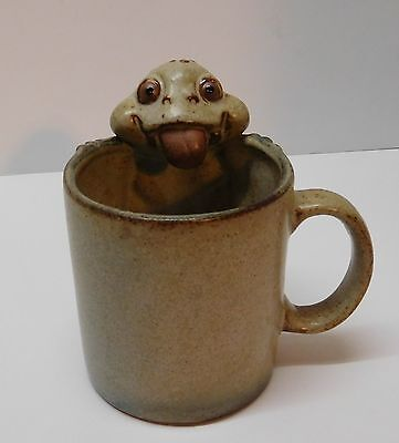 Frog Toad Pottery Mug Cup Tongue Out Vintage Japan