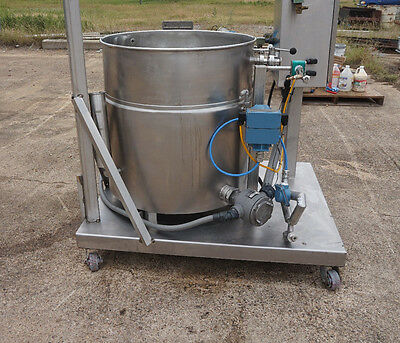 Groen Pt 60 Sp Kettle Stanless On A Mobile Cart