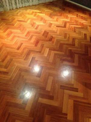 Parquetry floors approximately 40m2