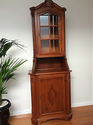 Oak Corner Cupboard