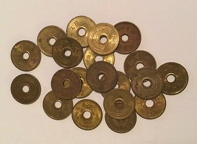 Lot Of 20 JAPANESE 5 YEN COINS  TWENTY  ¥5 FIVE YEN COINS LUCKY Free Postage