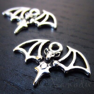 20 Or 50PCs Bat Charms 23mm Wholesale Halloween Silver Plated Charms C2024-10