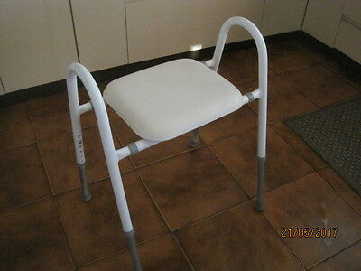 Shower Stool/ Chair With Padded Seat And Extendable Legs & Seat Width