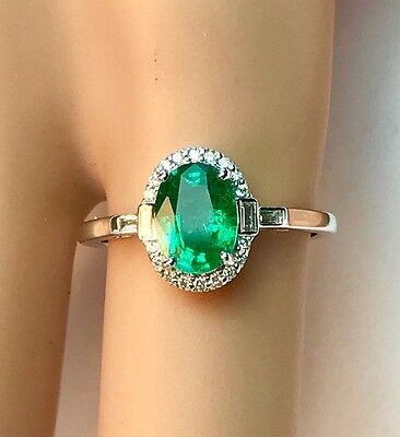 Genuine Natural Emerald & Vs Diamond Dress Ring 18Ct White Gold Valuation $3,670