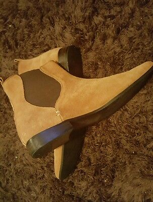Mens Tan Suede Leather Chelsea boots size 11