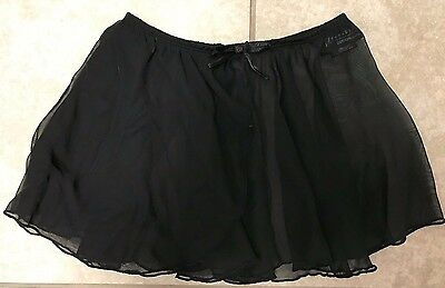 Girls black Freestyle dance skirt size extra small
