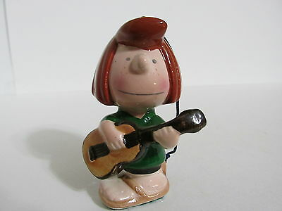 Snoopy Peanuts Determined Ceramic Christmas Ornament Peppermint Patty 1976