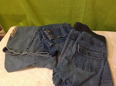 Lot Of 3 Pairs Motherhood Maternity Jeans Shorts,Capris And Flair Leg Pants Med