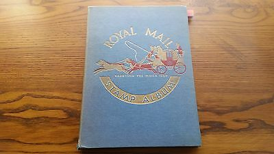 Old Royal Stamp Album: World & Colonies - Oer 1000 Mint & Used Stamps.