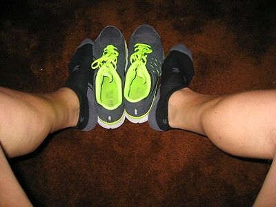 Under Armour, men's size large, black/gray no show socks
