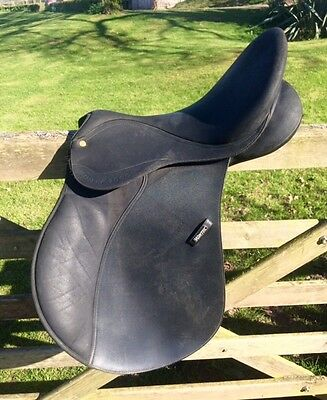 Wintec 2000 GP synthetic saddle 16.5""