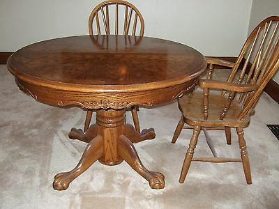 Dinning room table + 5 chairs,oak,wood,vintage,antique,snapitup