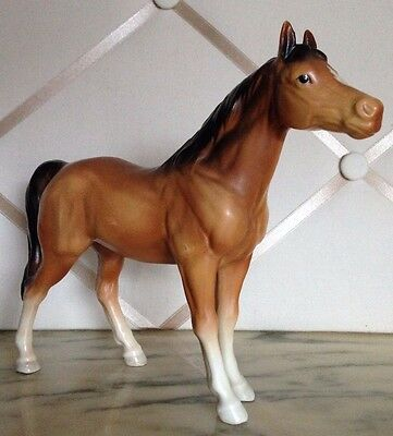 Vintage Porcelain Horse Beauty With Golden Brown Hair And A Dark Brown Mane!