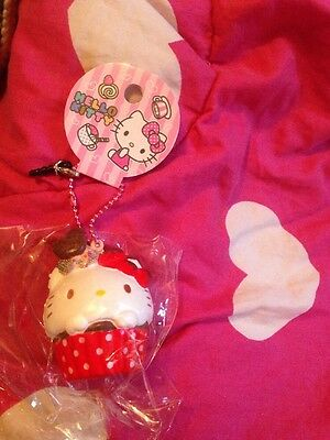 Sanrio Squishy Hello Kitty Bnip  free post