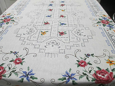 Beautiful Vintage Cross Stitch Embroidered Lace Tablecloth